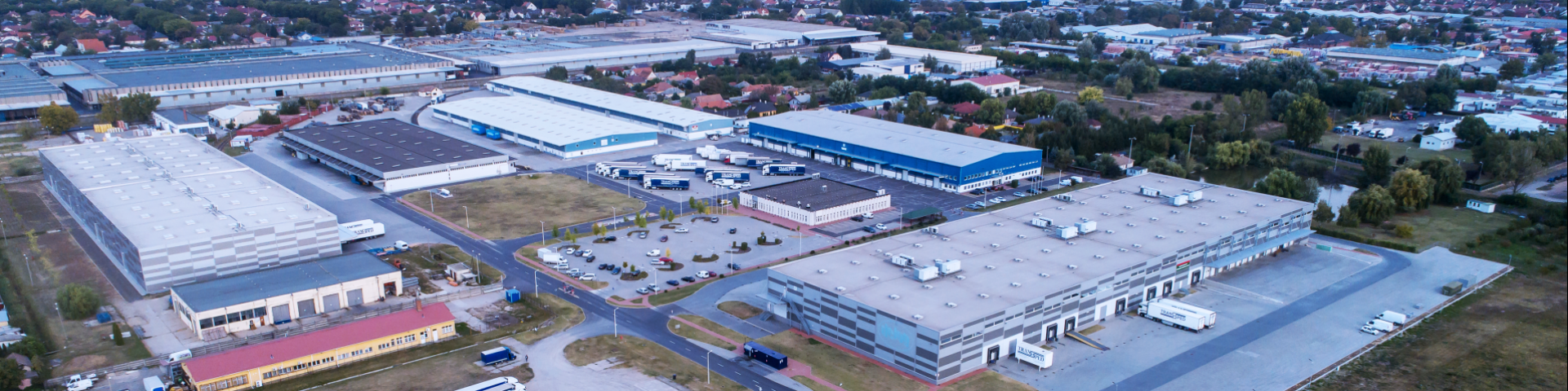 INDUSTRIAL PARK, WAREHOUSE BUILDING, OPERATION